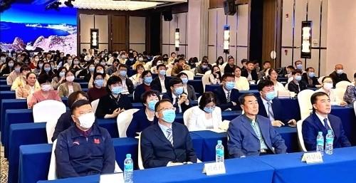 """""""干细胞研究与临床转化"""" 医养健康专题讲座在延吉市成功举办"""