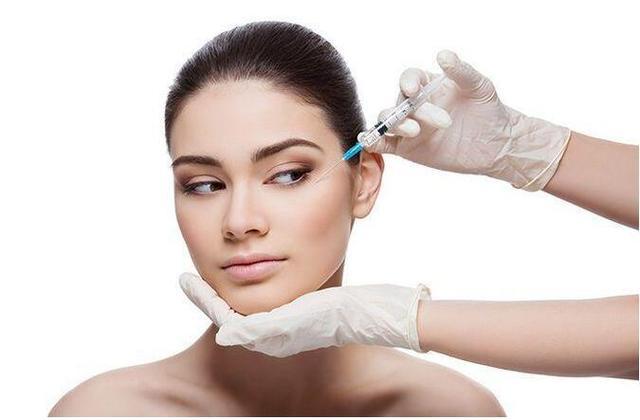 干细胞结合脂肪,让您的面部保持年轻化