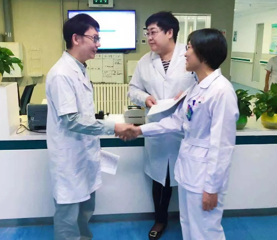 内蒙古巴彦淖尔市医院完成首例 脐带血干细胞治疗骨髓增生异常综合症